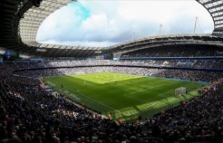 UEFA, Manchester City'yi 2 yıl men etti