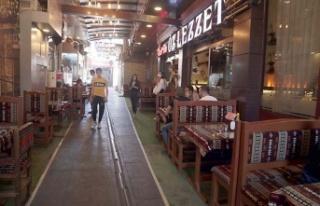 Lokanta, restoran ve kafeler açıldı