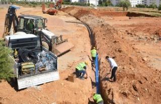 Onikişubat'ta yeni yerleşimlerin içme suyu hatları...