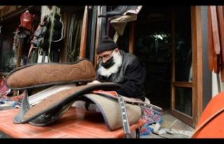 Geleneksel zanaatlar Tarihi Maraş Çarşısı'nda...