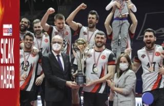 Kupa Voley'de şampiyon Spor Toto oldu