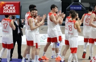 """""""12 Dev Adam"""" 2022 grup maçlarını Gürcistan'da..."""