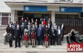 Kiü'den Döngel Muhsin Yazıcıoğlu İlk-Ortaokulu'na...