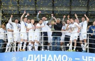 Lucescu'nun takımı Dinamo Kiev şampiyonluk...