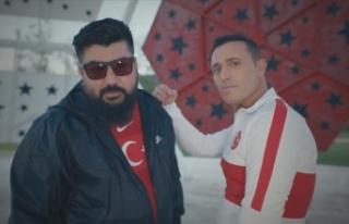 Bizim Çocuklar'ın EURO 2020 şarkısı Mustafa...