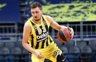 Fenerbahçe Beko Ulanovas'ı gönderdi