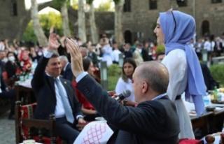 Cumhurbaşkanı Erdoğan gençlerle Diyarbakır'da...