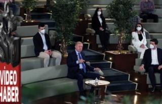 Erdoğan, doktora öğrencileriyle buluştu