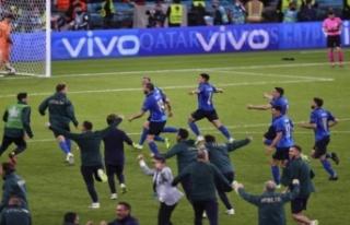 Euro2020'de ilk finalist İtalya oldu