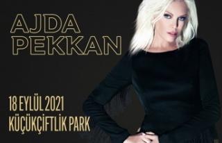 """Ajda Pekkan'dan """"Süperstar"""" bir  konser!"""