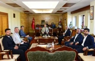 AK Partili İmran Kılıç, KSÜ Rektörü'nü ziyaret...