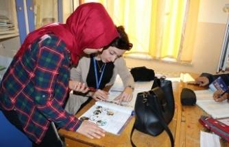 'DEĞERLER' EĞİTİMİ, BAŞARI KAZANDIRIYOR