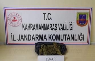 Jandarma 600 gram esrar ele geçirdi, 2 kişi gözaltında!