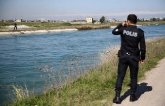 Kanala düşen oğlunu kurtaran baba boğuldu