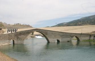 Medeniyet yolu: Ceyhan Köprüsü