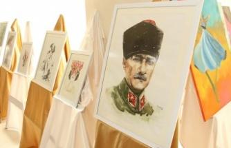 Gençlik Haftası resim ve el sanatları sergisi açıldı