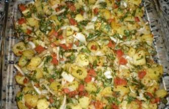 Fırında patates salatası