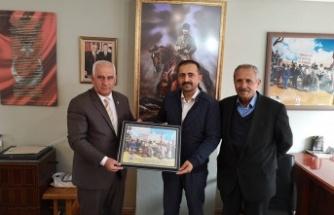 Kayseri'den aday oldu, Göksun'u ziyaret etti!