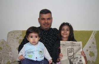 Atatürk'ün vefat haberi bulunan gazeteyi özenle saklıyor