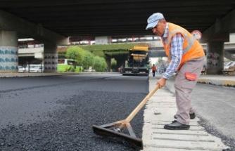 D-400 Karayolu'nda asfalt çalışması