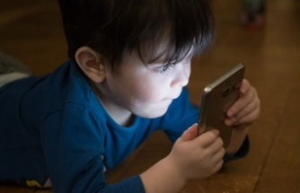 Elektronik aletler çocukların geç konuşmasına neden olabilir