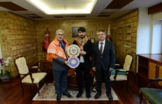 Rektör Can, En Genç Yörük Türkmen Beyi'ni kabul etti