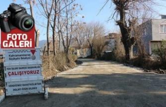 Büyükşehir'den Andırın mahalle yollarına parke