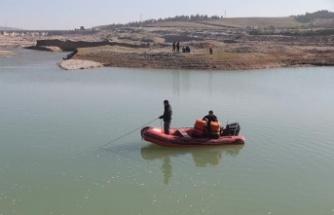 Barajda kaybolan çocuk bulundu, babası aranıyor!