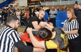 Bilek güreşi bölge şampiyonası yapıldı