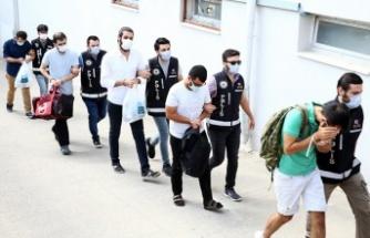 15 ildeki FETÖ operasyonunda gözaltına alınan 6 zanlı tutuklandı