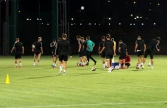 24Erzincanspor 3 puan için Diyarbakır'a gitti
