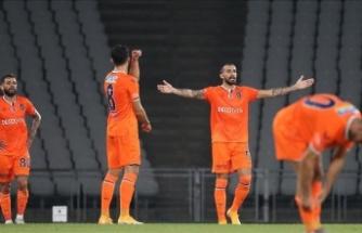 'En kötü başlayan şampiyon' Medipol Başakşehir oldu