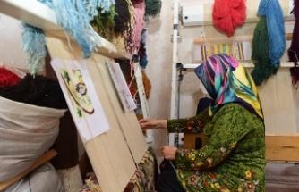 Halı dokuma kursu ev hanımlarına umut oldu