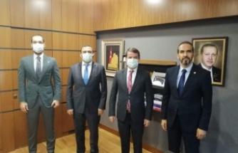 Okumuş ve Okumuş, Özdemir ile Türkoğlu'na yapılacak yatırımları görüştü…