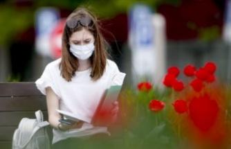Uzun süre kullanılan maskedeki bakteri oluşturuyor