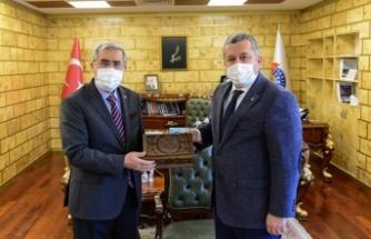 Yardımcıoğlu, KSÜ Rektörü Can'ı ziyaret etti