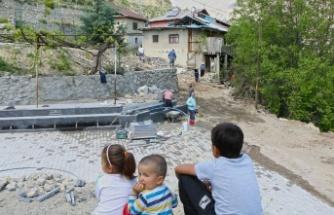 Hacıibrahimuşağı meydanı yenileniyor