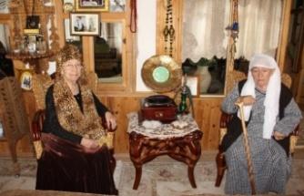 Kafkas kültürü Mehmetbey'deki bu konakta yaşatılıyor