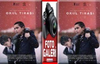 """""""Okul Tıraşı"""" en iyi yönetmen ödülüyle döndü!"""