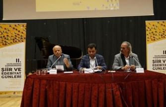 """""""Soylu bir itiraz: Nuri Pakdil"""" paneli gerçekleşti"""