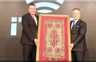 Tekstil sektörüne değer katan ihracatçılar ödüllendirildi