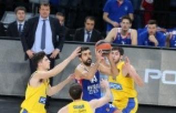 Anadolu Efes, Maccabi'yi farklı geçti