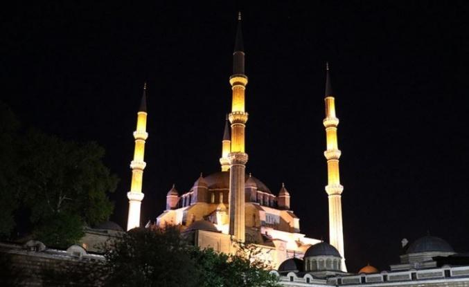 Ramazanın müjdecisi: Berat Kandili... Bu gece!