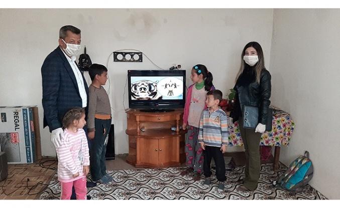 Osman Okumuş'tan uzaktan eğitim için televizyon...